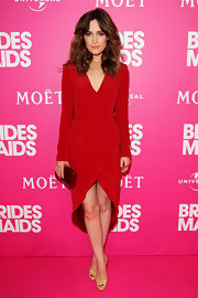 Rose was a vibrant beauty in a red pebbled silk crepe long sleeve tulip wrap dress for the Sydney Bridesmaids premiere.