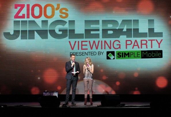 Z100 Jingle Ball 2012 Viewing Party Presented By Simple Mobile - Show