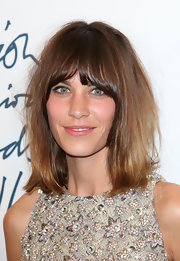 Alexa Chung looked effortlessly chic at the 2011 British Fashion Awards wearing her shoulder-length bob casually tousled.