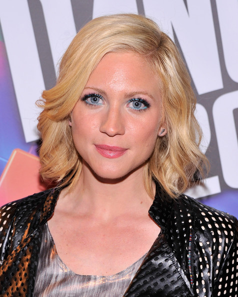 Brittany Snow Short Wavy Cut [just dance with boy meets girl,boy meets girl,hair,face,blond,hairstyle,eyebrow,lip,beauty,layered hair,long hair,hair coloring,brittany snow,stacy igel - backstage - style360,stacy igel,metropolitan pavilion,new york city,fashion show,style360 spring]