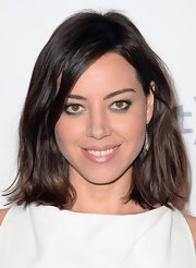 Aubrey Plaza's undone waves looked super cool at the Critics' Choice Television Awards.