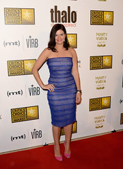 Casey Wilson chose a figure-flattering purple strapless dress for the Critics' Choice Television Awards.