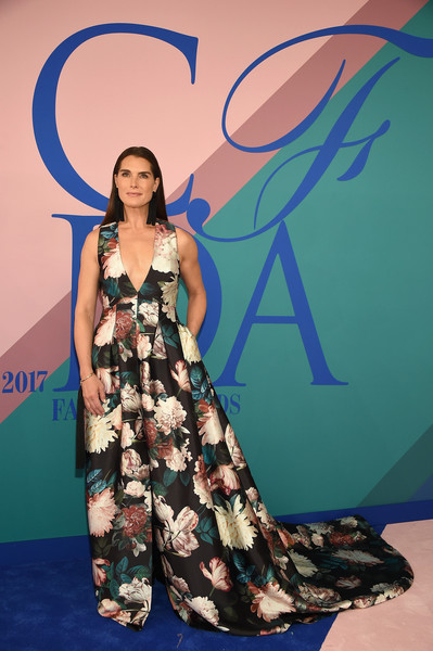 Brooke Shields Print Dress [fashion model,fashion,fashion show,flooring,model,girl,fashion design,long hair,formal wear,photo shoot,arrivals,brooke shields,hammerstein ballroom,new york city,cfda fashion awards]