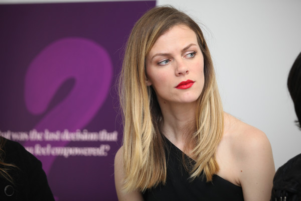 Brooklyn Decker Ombre Hair [hair,face,lip,blond,beauty,hairstyle,eyebrow,long hair,chin,skin,chief design officer,actress,brooklyn decker,her brain insights,finery.com,panel,san francisco,california,refinery29,her brain insights series]
