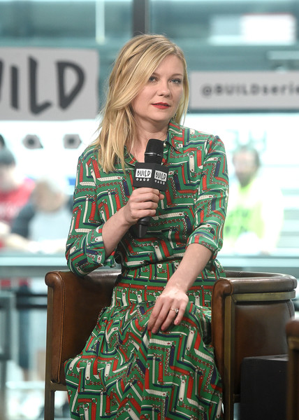 More Pics of Kirsten Dunst Full Skirt (1 of 22) - Dresses & Skirts Lookbook - StyleBistro [the beguiled,movie,green,clothing,blond,fashion,plaid,lady,pattern,design,street fashion,long hair,kirsten dunst,new york city,build presents sofia coppola,studios,build studio,visits]