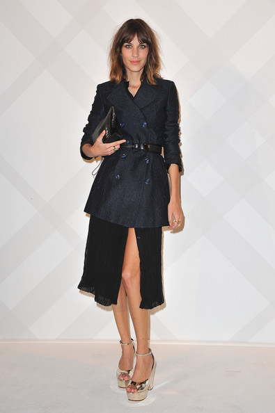 More Pics of Alexa Chung Satin Clutch (1 of 4) - Alexa Chung Lookbook - StyleBistro