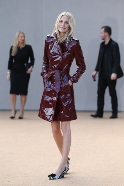 More Pics of Poppy Delevingne Trenchcoat (1 of 2) - Trenchcoat Lookbook - StyleBistro