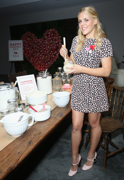 Busy Philipps Pumps [clothing,fashion,leg,design,footwear,thigh,dress,polka dot,human leg,shoe,busy philipps,actress,body scrub,california,los angeles,andaz hotel,michaels galentines day celebration]