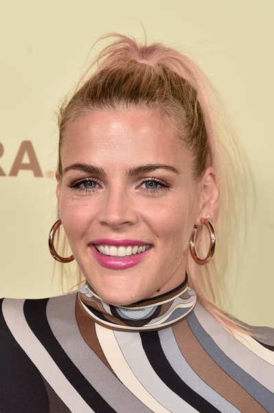 Busy Philipps Ponytail [the hollywood reporter,hair,face,lip,eyebrow,hairstyle,blond,chin,beauty,pink,necklace,nominees,reporter,contenders,arrivals,contenders,busy philipps,celebrate emmy award,hollywood,sag-aftra]