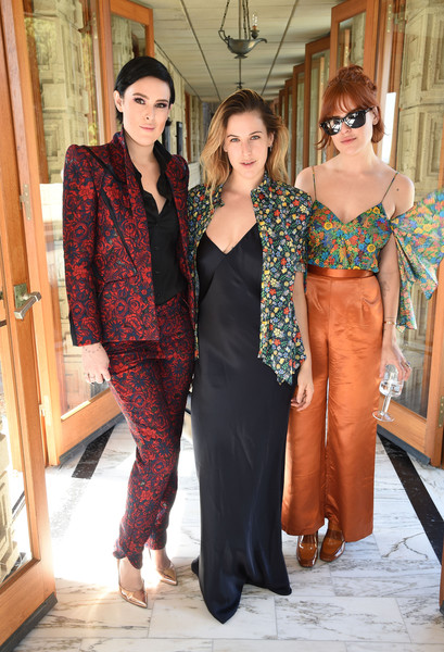 Rumer, Scout, and Tallulah Willis