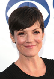Zoe McLellan kept it laid-back with this pixie at the CBS Summer Soiree.