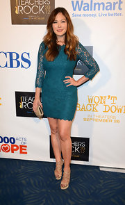 Lindsay Price owned every inch of this teal lace mini dress. There wasn't an ounce of this look that wasn't perfect.