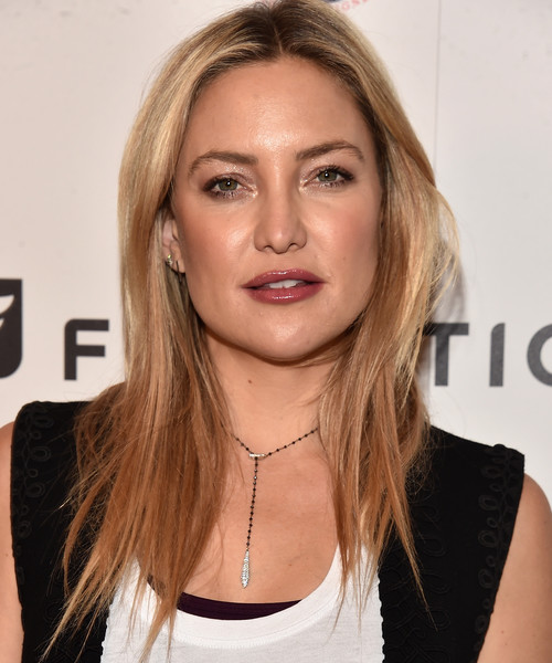 More Pics of Kate Hudson Bangle Bracelet (3 of 16) - Bracelets Lookbook - StyleBistro [hair,face,blond,hairstyle,eyebrow,chin,lip,beauty,long hair,layered hair,arrivals,kate hudson,los angeles,california,cfda,fabletics,event,fabletics event]