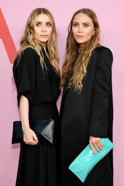 More Pics of Mary-Kate Olsen Leather Clutch (1 of 2) - Mary-Kate Olsen Lookbook - StyleBistro [fashion,beauty,blond,long hair,little black dress,dress,event,fashion design,formal wear,brown hair,arrivals,mary-kate olsen,ashley olsen,cfda fashion awards,brooklyn museum of art,new york city]