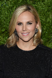Tory Burch looked beautiful with her mid-length waves at the 2019 CFDA/Vogue Fashion Fund Awards.