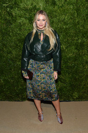 Iskra Lawrence layered a black leather jacket over a print dress for the 2019 CFDA/Vogue Fashion Fund Awards.