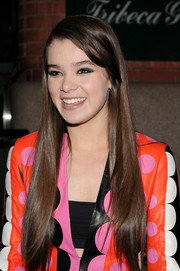 Hailee Steinfeld wore her long hair sleek straight for the 'Begin Again' dinner.