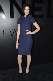 Mad Men's Jessica Pare stayed in character with this fitted tweed sheath dress. The unique collar made it modern, or rather, futuristic.