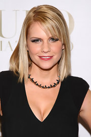 Carrie Keagan's classic bob with bangs looked perfect with her LBD, smoky eyes and seriously cool statement necklace at the CULO by Mazzucco launch.