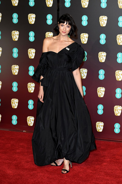Caitriona Balfe Off-the-Shoulder Dress [dress,flooring,little black dress,carpet,gown,fashion model,shoulder,lady,red carpet,cocktail dress,red carpet arrivals,caitriona balfe,ee,england,london,royal albert hall,british academy film awards]