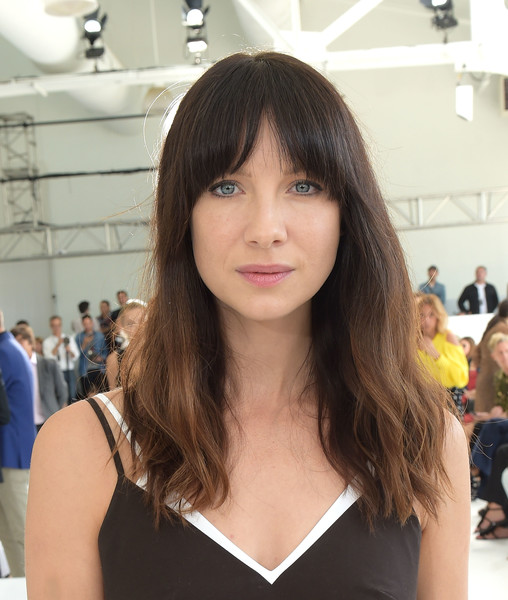Caitriona Balfe Long Wavy Cut with Bangs