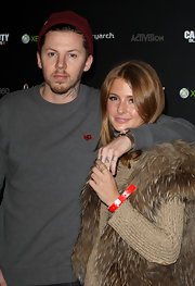 For a bit of color, Professor Green matched a red knit beanie with his plain gray sweatshirt at the 'Call of Duty: Black Ops II' launch.