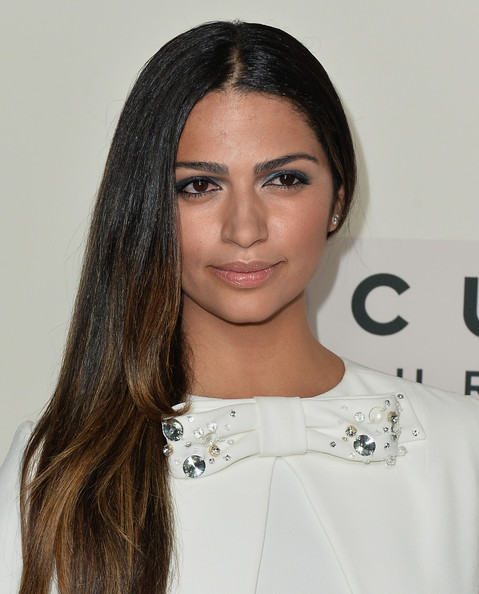 Camila Alves Side Sweep [dallas buyers club,hair,face,eyebrow,hairstyle,lip,beauty,shoulder,black hair,long hair,skin,arrivals,camila alves,beverly hills,california,focus features,academy of motion picture arts and sciences,premiere,premiere]