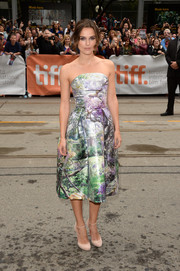 Keira Knightley's nude ankle-strap pumps and strapless print dress at the premiere of 'Can a Song Save Your Life?' were a very lovely pairing.