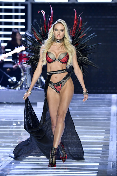 Candice Swanepoel Cutout Boots [candice swanepoel,fashion model,fashion show,fashion,clothing,runway,model,lingerie,event,public event,thigh,victorias secret fashion show,shanghai - show,shanghai,runway,china,mercedes-benz arena]