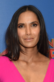 Padma Lakshmi attended the special screening of 'Captain Marvel' wearing a straight center-parted hairstyle.
