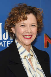 Annette Bening wore her hair in a short curly style at the special screening of 'Captain Marvel.'