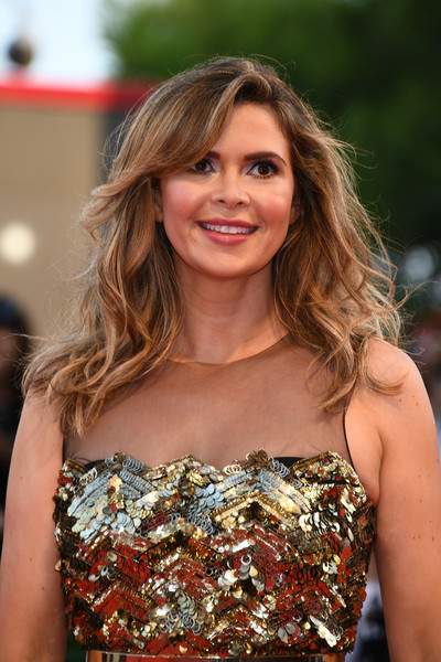 Carly Steel Medium Wavy Cut with Bangs [hair,hairstyle,beauty,premiere,blond,shoulder,fashion,brown hair,long hair,dress,carly steel,sala grande,red carpet,venice,italy,premiere,venice film festival,opening ceremony,screening]