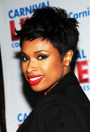 Jennifer Hudson was rock-glam with her spiked hair at the Carnival Cruise Lines event.