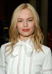Kate Bosworth looked like a doll with her piecey waves at the Carolina Herrera fashion show.