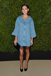 Phoebe Tonkin was a cutie in a denim swing jacket by Chanel at the Gabrielle bag celebration.