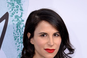 Caroline Sieber Long Wavy Cut
