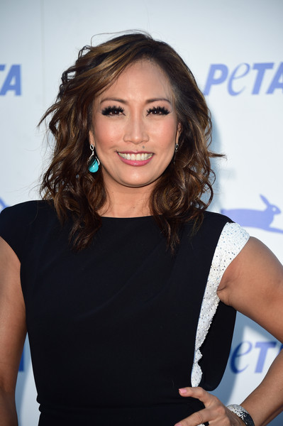 Carrie Ann Inaba Dangle Decorative Earrings