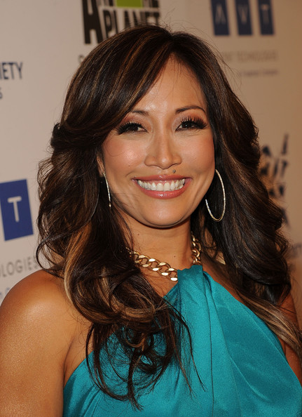 More Angles of Carrie Ann Inaba Layered Cut