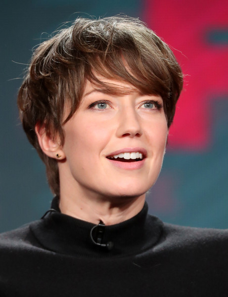 Carrie Coon Emo Bangs [television show,hair,face,hairstyle,facial expression,chin,forehead,eyebrow,head,cheek,human,carrie coon,portion,fargo,langham hotel,california,pasadena,winter tca,fx,winter television critics association press tour]