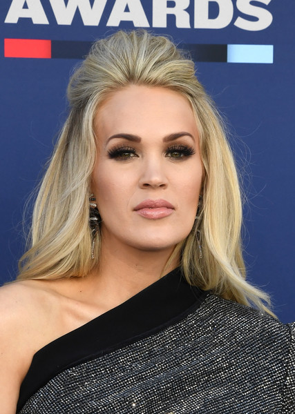 Carrie Underwood Half Up Half Down [hair,face,blond,hairstyle,eyebrow,chin,beauty,lip,shoulder,long hair,arrivals,carrie underwood,mgm grand hotel casino,nevada,las vegas,academy of country music awards]