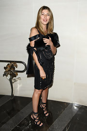 Nina Garcia finished off her glam ensemble in sexy style with a pair of black strappy sandals.