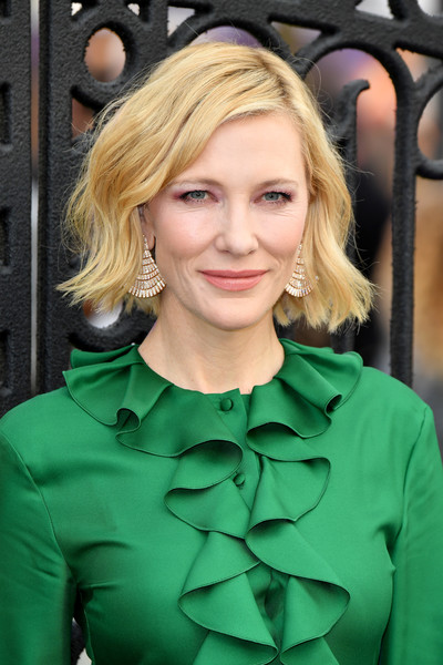 Cate Blanchett Short Wavy Cut [the house with the clock in its walls,hair,blond,human hair color,beauty,hairstyle,eyebrow,lady,fashion model,long hair,layered hair,red carpet arrivals,cate blanchett,hair,celebrity,human hair color,hairstyle,london,world premiere,film festival,cate blanchett,the house with a clock in its walls,london,2018 venice film festival,film,premiere,2018,rome film fest,celebrity,film festival]