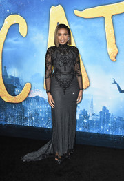 Jennifer Hudson oozed elegance wearing this embroidered gray gown by Reem Acra at the world premiere of 'Cats.'