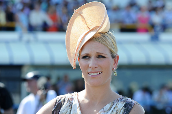More Pics of Zara Phillips Fascinator (5 of 10) - Fascinator Lookbook - StyleBistro [hair,hat,hairstyle,fashion accessory,headgear,smile,ear,magic millions raceday,gold coast turf club,australia,celebrities,zara phillips]