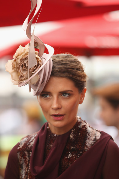 More Pics of Mischa Barton Decorative Hat (1 of 28) - Mischa Barton Lookbook - StyleBistro