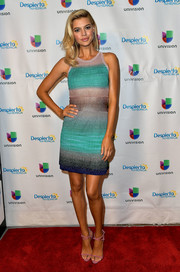 Kelly Rohrbach styled her dress with strappy pink sandals by Giuseppe Zanotti.