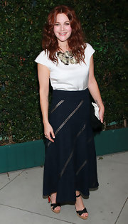 Drew looked sophisticated at the Natural Resources Defense dinner in a long tweed skirt.