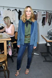 Vanessa Paradis' blue denim blazer made a nice color contrast to her green blouse during the Chanel Couture show.