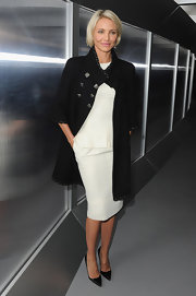 Cameron finished off her ladylike luxe ensemble with classic black stilettos.