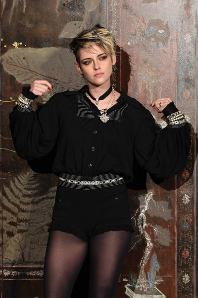 More Pics of Kristen Stewart Loose Blouse (3 of 5) - Tops Lookbook - StyleBistro [photocall at le grand palais,clothing,fashion,lady,stocking,tights,kristen stewart,photocall,metiers dart,paris,france,le grand palais,chanel metiers dart 2019-2020,chanel]
